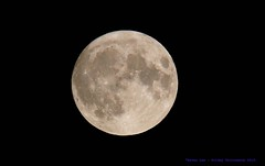 Full Harvest Moon........ (law_keven) Tags: fullharvestmoon moonphotography moon astrophotography fullmoon luna fridaythethirteenth catford london england nasa space