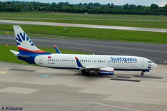 SUN EXPRESS B737 TC-SEP (Adrian.Kissane) Tags: 737 boeing airline airliner jet plane aeroplane aircraft germany taxing ramp aviation airport sky outdoors 61180 1352017 b737 tcsep dusseldorf sunex