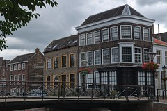 Dat Heertje (Rob Oo) Tags: southholland netherlands ccby40 holland nederland schiedam thenetherlands ro016b datheertje urban architecture cityscape pietpaaltjens