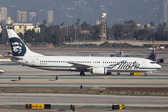 alaska_737_n302as_lax (Lensescape) Tags: 2017 lax boeing b737 737 737900 b737900 alaska alaskaairlines n302as