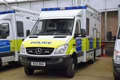BX13 DUH (S11 AUN) Tags: london metropolitan police met mercedesbenz merc sprinter specialist response patrol incidentresponsevehicle irv cbrn chemical biological radiological nuclear 999 emergency vehicle bx13duh