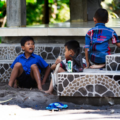 So what !!!! (by Rsaleh) Tags: indonesia humaninterest streetphotography canon7d
