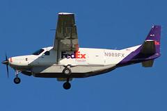 FedEx Feeder landing at Cleveland (chrisjake1) Tags: cle kcle cleveland hopkins fedex fedexfeeder cessna caravan c208 n989fx freighter cargo