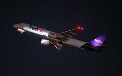 MSP N722FD (Moments In Flight) Tags: minneapolisstpaulinternationalairport msp kmsp mspairport fedex boeing 757 757200 757222 n722fd n515ua avgeek cargoplane aircargo airfreight