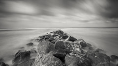 Blåvand Buhne (sebastian.stahlkopf) Tags: blåvand buhne strand beach longexposure langzeitbelichtung blackandwhite clouds wolken nordsee