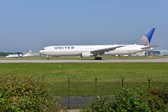 UA0080 MAN-EWR & 'BE3JA' (BE0470) MAN-BHD (A380spotter) Tags: departure lineup boeing 767 400er n66051 ship0051 operatedbycala014a united unitedairlinesinc ual ua ua0080 manewr bombardieraerospace 400q q400 dhc8402q qseries dash8 dehavillandcanada bombardierq400 gflbb flybe bee be be3ja be0470 manbhd runway23l 23l southside elevatedmound manchesterinternational ringway manchesterairportsgroup mag egcc man