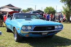 1972 Dodge Challenger (Gerald (Wayne) Prout) Tags: 1972dodgechallenger 1972 dodge challenger 2019thegreatcanadiankayakchallengecarshow2019 2019thegreatcanadiankayakchallenge participationpark mountjoytownship cityoftimmins northeasternontario northernontario ontario canada prout geraldwayneprout canon canoneos60d eos 60d digital dslr camera canonlensefs18135mmf3556is lens efs18135mmf3556is photographed photography vehicle automobile car musclecar carshow classic historical old antique vintage mopar chrysler chryslermotors great canadian kayak challenge 2019 participation park mountjoy township city timmins northeastern northern