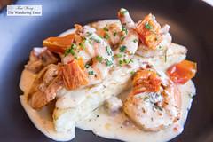Shrimp and grits (thewanderingeater) Tags: windsorcourthotel neworleans centralbusinessdistrict louisiana luxuryhotel luxuryboutiquehotel thegrillroom brunch jazzbrunch