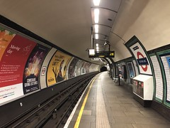 Tooting Bec Underground station (looper23) Tags: tooting bec underground northern line september 2019 london
