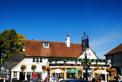 The King's Head, Bexley (zawtowers) Tags: london loop section 1 one erithriversidetooldbexleyvillage walking amble stroll walk exploring outer suburbs green spaces saturday 14th september 2019 warm dry sunny blue skies sky old bexley village community feel kings head pub public house boozer sit outside ale beer