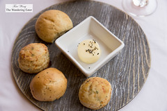 Housemade mini biscuits and rolls (thewanderingeater) Tags: windsorcourthotel neworleans centralbusinessdistrict louisiana luxuryhotel luxuryboutiquehotel thegrillroom brunch jazzbrunch