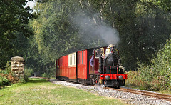 Sian Near Cuckoo's Nest.. (Neil Harvey 156) Tags: steam steamloco steamengine steamrailway railway sian cuckoosnest kirkleeslightrailway estatesrailwaysgala miniaturerailway trevorguestloco