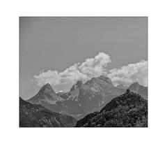 pure beauty (Armin Fuchs) Tags: arminfuchs nomansland mountains clouds 6x7 anonymousvisitor thomaslistl wolfiwolf jazzinbaggies