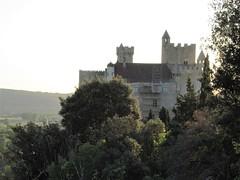 Château de Beynac from panorama, September evening, Beynac-et-Cazenac, France (Paul McClure DC) Tags: beynacetcazenac périgord dordogne france nouvelleaquitaine sept2019 castle château historic architecture scenery