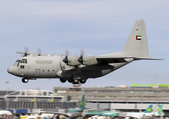 UAE Air Force C-130H 1213 (birrlad) Tags: dublin dub international airport ireland aircraft aviation airplane airplanes approach arrival arriving finals landing runway prop turboprops 1213 lockheed c130h hercules c130 uae united arab emirates airforce military transport uniforce