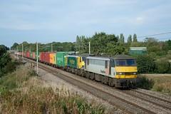 90044 90045 4M83 Red bank (cmc_1987) Tags: 90044 90045 powerhaul freightliner intermodal 4m83 coatbridgeflt crewebasfordhall wcml redbank br britishrail railfreight doubleheader acelectric
