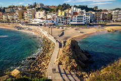 El Portal de la Costa Brava (SantiMB.Photos) Tags: 2blog 2tumblr 2ig laselva invierno winter playa beach costabrava motog3 móvil phone geo:lat=4167062306 geo:lon=279184342 geotagged blanes cataluna españa