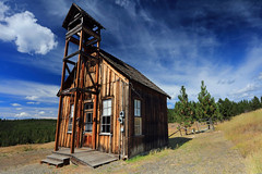 Allen Hall (Ian Sane) Tags: county camera old city blue school sky house building museum architecture clouds oregon canon lens landscape ian photography eos gold town hall grant images historic mining r granite usm independence 1862 sane allenhall f4l ef1740mm 5ds 1888