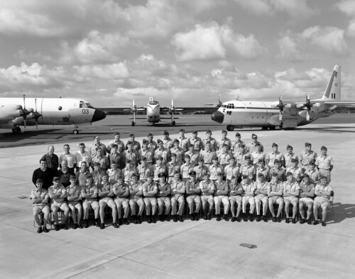 1968 RNZAF Whenuapai - Aircraft Maintenance Squadron (Click to enlarge, scroll down for names), 17 Apr 1968