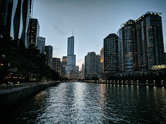 Glow (ancientlives) Tags: chicago chicagoriver illinois il usa travel trips river riverwalk riverboat rivercruise towers buildings architecture trumptower skyline skyscrapers city cityscape landscape bluesky sunset lights night glow water saturday september 2019 summer