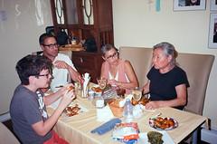 000021850032 (spablab) Tags: yashicaezzoom70400noritsukokiezcontrollerfujifilm yashicaezzoom70400noritsukokiezcontrollerfujifilmsuperiamemphisfilmlablenstagger massachusetts northandover chris brie sukhi julian dinner eating