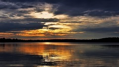 Approaching Sunset (Bob's Digital Eye 2) Tags: bobsdigitaleye2 canon clouds efs1855mmf3556isii flicker flickr lake lakesunsets lakescape minnesota reflections sep2019 silhouette sky sun sunset sunsetsoverwater t3i laquintaessenza