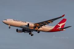 VH-EBM A332 QANTAS (Sierra Delta Aviation) Tags: qantas airbus a332 brisbane airport ybbn vhebm