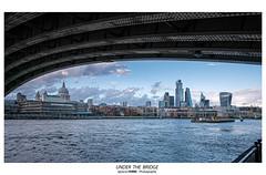 Under the bridge (Ignacio Ferre) Tags: london londres inglaterra england reinounido unitedkingdom greatbritain granbretaña ciudad city lumix panasonic riverthames támesis