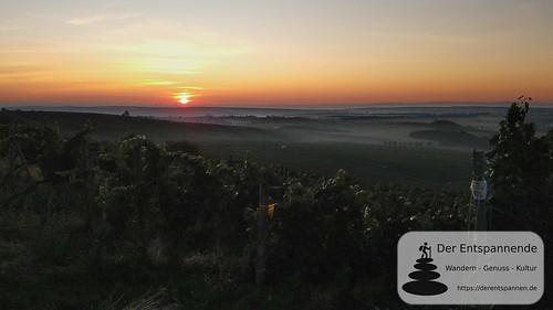 Sonnenaufgang - Duns über den Tälern