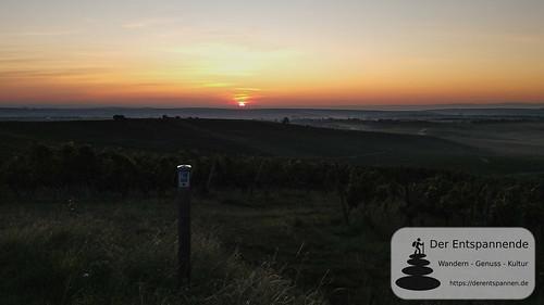 Sonnenaufgang über der Rheinebene -