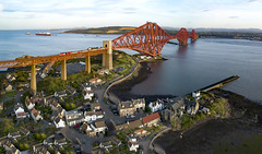 LNER over the Forth Bridge in evening sun (robmcrorie) Tags: 1w20 kings cross aberdeen high speed train hst class 43 inter city 125 forth railway bridge firth ship tanker north queensferry 1z10 phantom 4 barnado visit trip