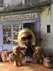 """BaD """"Shopping"""" September 15, 2019 (Foxy Belle) Tags: doll blythe miniature bears poseable teddy pet shop shopping september 15 2019 sunglasses store french france sidewalk brick scrapbook paper buckles bows flowers baskets"""