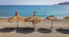 Solos Tras Un Verano (Tomás Hornos) Tags: sombrillas sombras verano summer summertime agua mar sea arena mediterráneo mediterreanean seascape móvil mobilephotografy smartphone