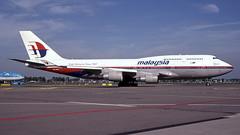 9M-MPM 2006-09-22 AMS (Gert-Jan Vis) Tags: 9mmpm boeing b747 b747400 malaysia malaysiaairlines schiphol kodachrome 28435 ecmrm