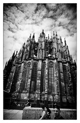 "Cologne Cathedral (Heinz ""57"" Varieties of Cameras) Tags: leicam2 voigtlander21mmf4 trix 400800 homemade diafine"