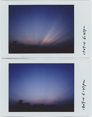 2 min (breeze.kaze) Tags: instantfilm fujiinstaxminifilm leicasofort evening dusk sky colors rays sunlight