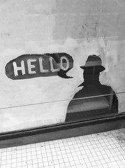 Hello (ruehaubrich) Tags: street bw window drawing schwarzweiss streetfotographie