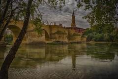 Rio Ebro, Puente de Piedra y torre de la Seo (tonygimenez) Tags: rio catedral seo ebro puente puentedepiedra rioebro zaragoza aragón españa spain paisaje cuidad city canon35mm sonya7ii cielo nubes
