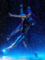 Flic Flac - Punxxx 2019 (III) (Elenovela) Tags: zirkus circus flicflac trier germany deutschland punxxx artists artisten akrobaten acrobats availablelight action olympusomdem1markii