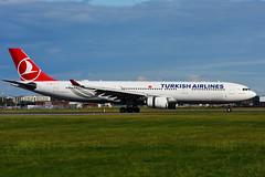 TC-JNZ (Turkish Airlines) (Steelhead 2010) Tags: turkishairlines airbus a330 a330300 yul tcreg tcjnz