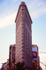 000016070008-3 (sir_duncan_ip) Tags: flatironbuilding newyork manhattan nikonf6 fujifilm velvia100
