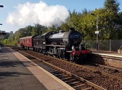 British Rail Lined Black Class K1 62005 passing Summerston Station Platform 2 on service 5Z08 (15-09-19) (Rikki Cameron) Tags: trains steam railtours lightengine britishrail classk1 62005 jacobite