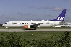 Scandinavian Airlines 737-800 LN-RRS at Manchester Airport MAN/EGCC (dan89876) Tags: scandinavian airlines sas boeing 737 b738 737800 737883 lnrrs manchester international airport takeoff 23l departure man egcc