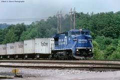 CR6136-Roadrailer_LewistownPA_0694 (mswphoto44) Tags: conrail road railer triple crown ge c408w lewistown pa train railroad locomotive diesel