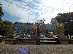 The Neptune Fountain - Promenade, Cheltenham (ell brown) Tags: cheltenham cheltenhamspa gloucestershire england unitedkingdom greatbritain spatown tree trees promenade promenadecheltenham fountain theneptunefountain portlandstone rlboulton cheltenhamboroughcouncil royscottrustplc statue sculpture gradeiilisted neptunefountainapproximately100metressouthwestofmainentrancetomunicipaloffices fountainandstatues josephhall neptunedrawnby4seahorses openplaques:id=52227 stgeorgesrd stgeorgesrdcheltenham