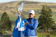 European Team Captain, Catriona Matthew of Scotland lifts the Solheim Cup after Europe won the tournament after the Sunday single matches (Ladies European Tour) Tags: europeanteamcaptain catrionamatthewofscotland auchterader perthshire scotland