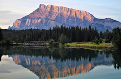 Mount Rundle from Johnson Lake (cobbu2) Tags: leicamtyp240 leicam240 50mmf28elmarm m240 banff mountrundle johnsonlake
