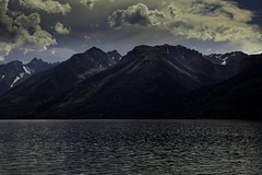 Grand Tetons NP Wyoming (wfgphoto) Tags: roadtrip water mountains grandtetonnp clouds sky sunset