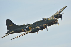 Flying Fortress at Sanicole (Spaak) Tags: boeing b17 flying fortress sally b bomber bommenwerper wwii woii wereld oorlog 2 usaaf b17g105ve cn 8693 united states army air force g gbedf vliegtuig airplane aircraft airshow sanicole 2019 isa2019