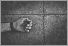 B&N (enriquemartinez76) Tags: mataró catalunya españa cruz blancoynegro mano textura cross whiteandblack hand texture